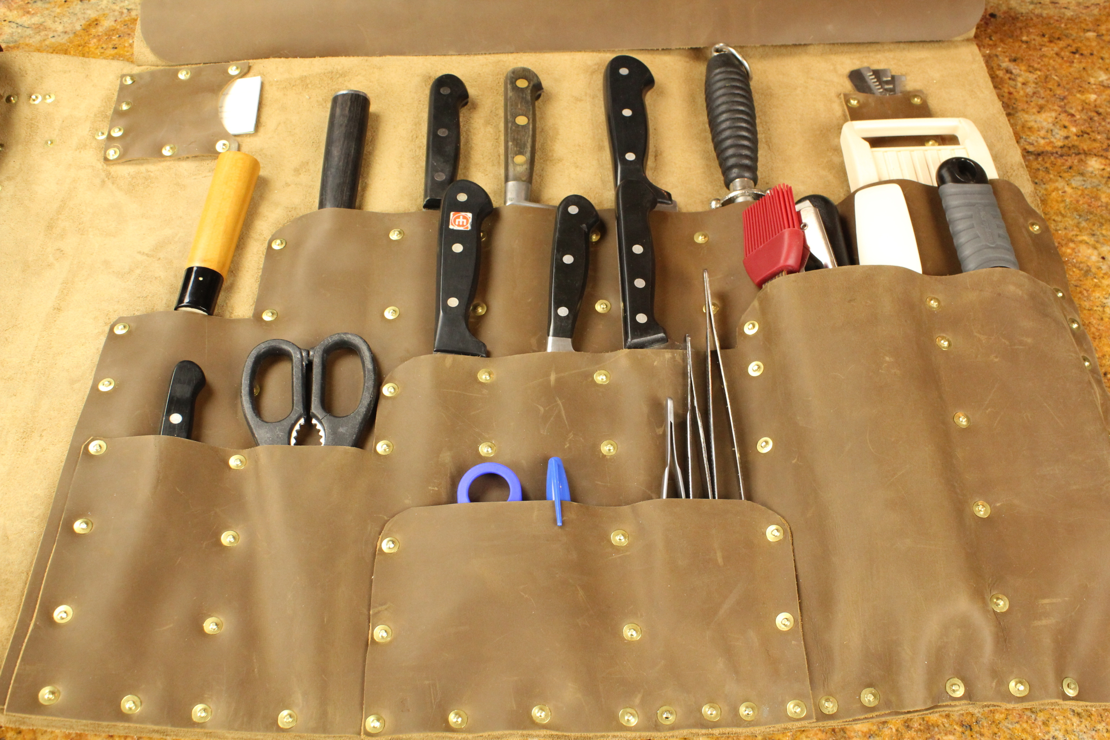 executive chef knife roll. Black Bedroom Furniture Sets. Home Design Ideas